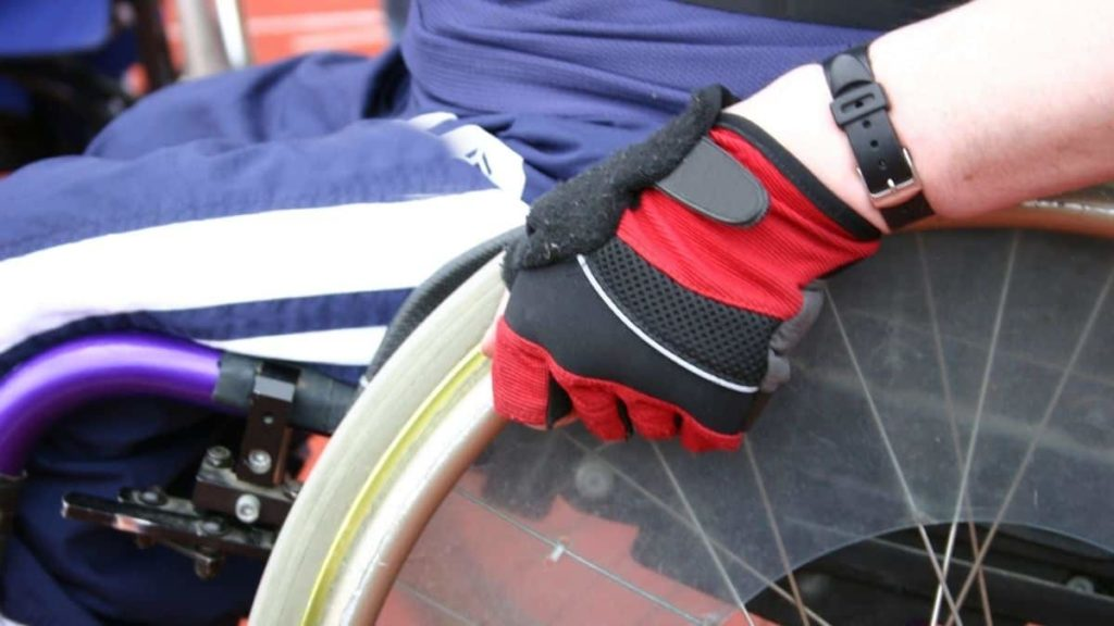Best Gloves for Wheelchair Users