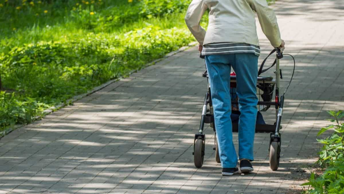 Best Rollator for Short Person